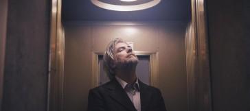 Earth Hotel, il nuovo disco di Paolo Benvegnù in uscita il prossimo 17 Ottobre